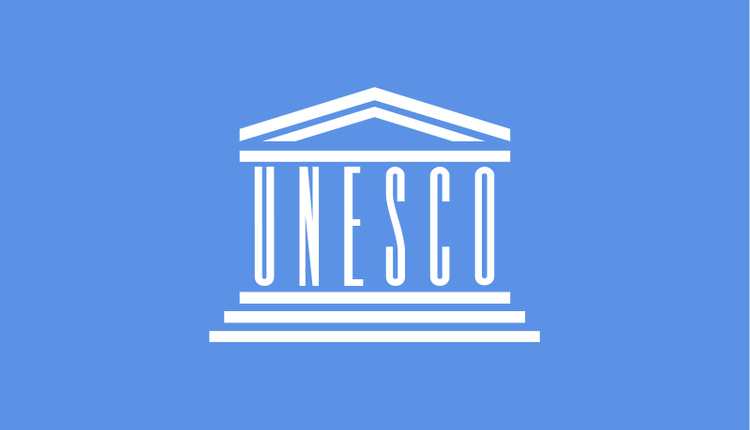 Flag_of_UNESCO.png